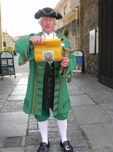 town-crier-graham-coles-makes-an-announcement-768x1024